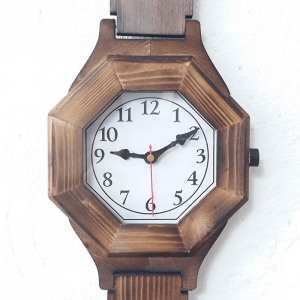 ساعت دیواری چوبی بزرگ