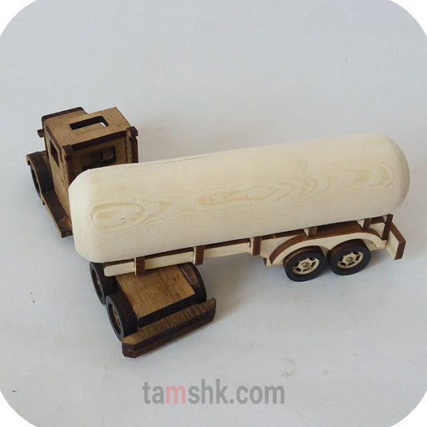 کامیون چوبی دست ساز